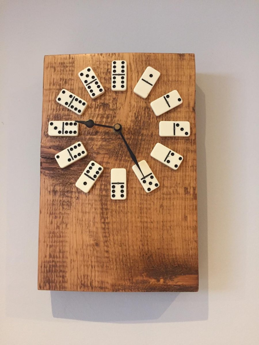 Domino-Clock-Pam-lever