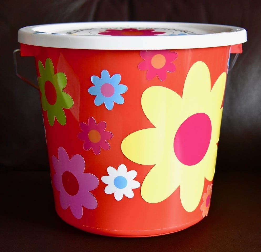 Flower-Fund-Bucket-Lesley-Winrow