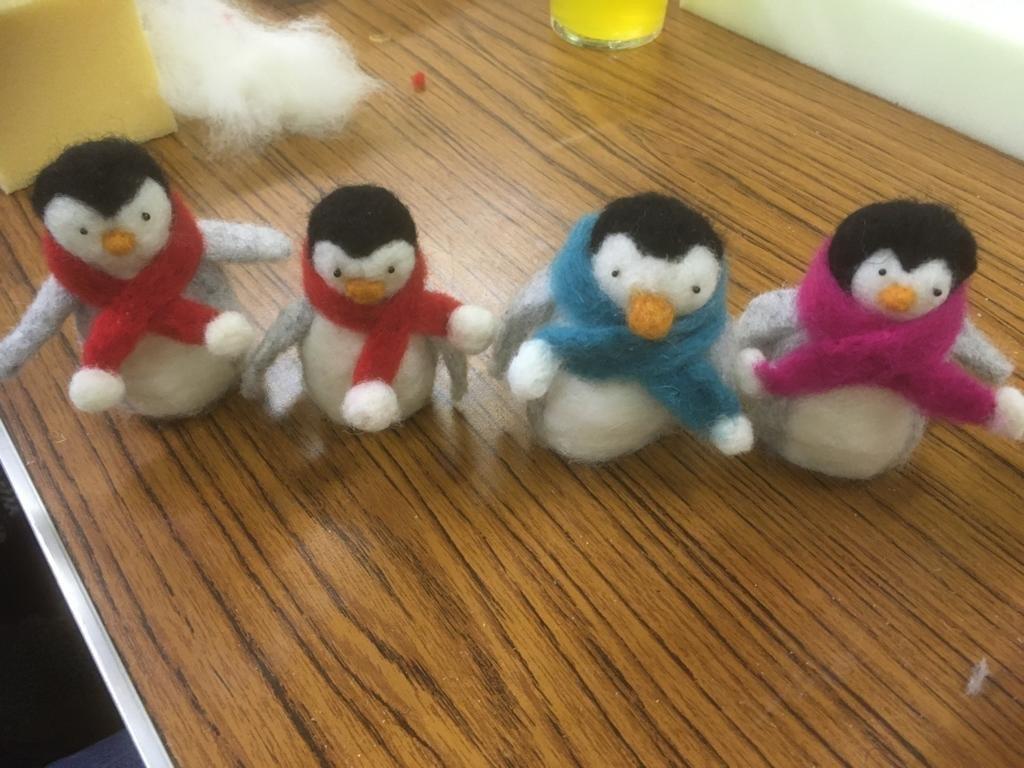 Felt-Penguins-3
